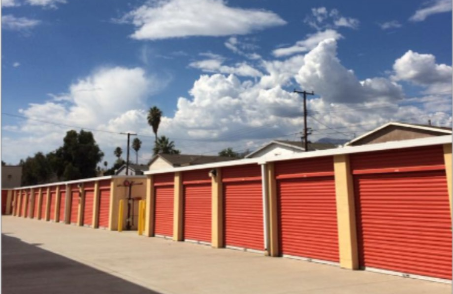 Storage Units In Fontana Ca 8004 Palmetto Ave Storage Solution